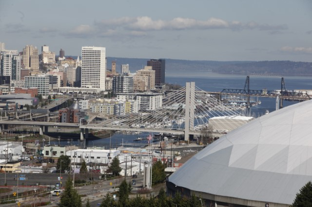 Beautiful Tacoma Skyline (landscape)_JPG